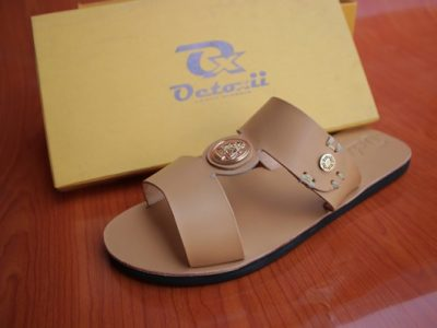 CENSLID SLIPPERS  Brown